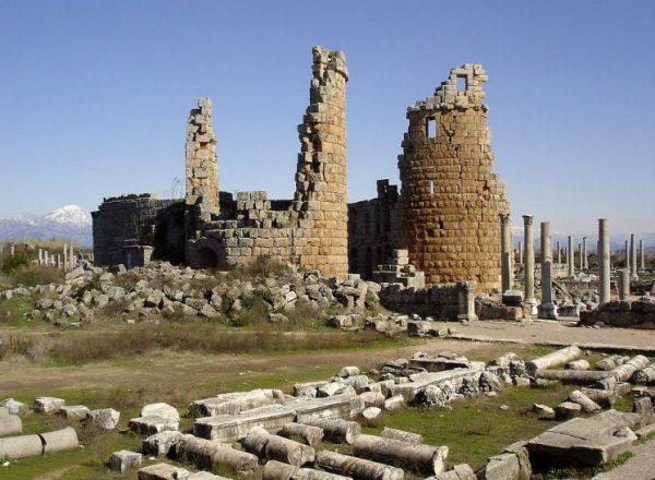 Перге - Турция, руины города Перге