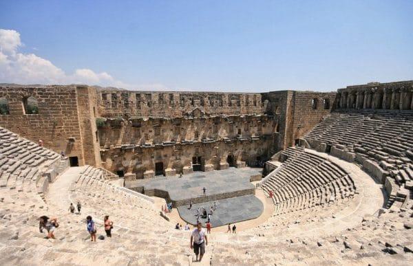 Развалины античного городаАспендос