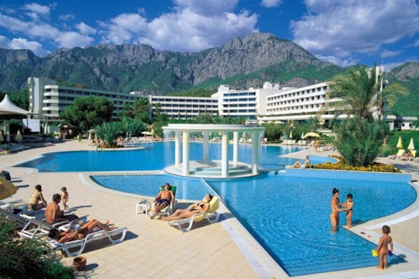 Отель Mirage Park Resort 5* Гейнюк