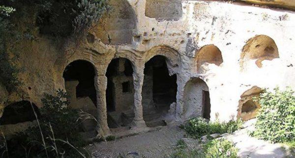 Селевкия Пиерия и поселок Чевлик