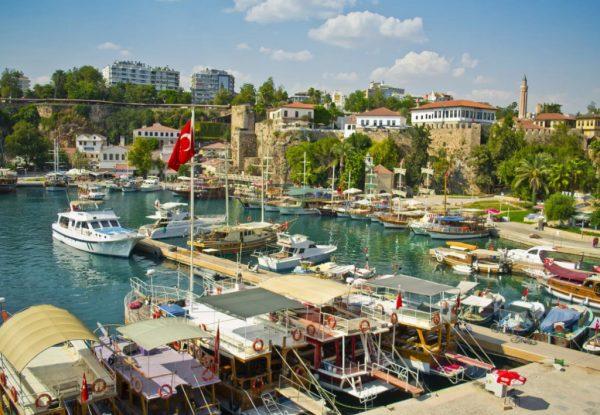 Старый порт в Анталии