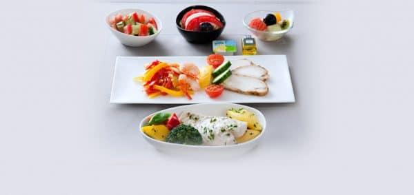 Низкокалорийное питание (LCML) в классе Business — Питание с пониженной жирностью (LFML) в классе Business — Питание с пониженным содержанием соли (LSML) в классе Business