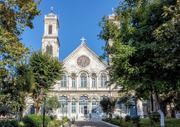Церковь Святой Троицы (Aya Triada Rum Ortodoks Kilisesi).