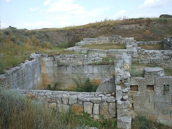 руины Милетополиса