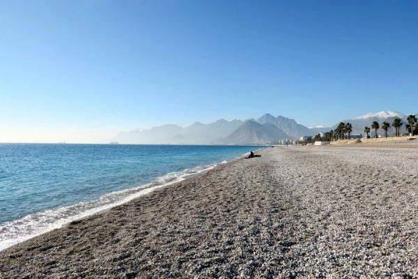 Температура воды: можно ли купаться в Турции в январе