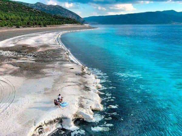 Озеро Салда: где находится и как добраться