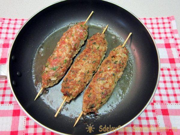 Люля-кебаб из баранины на сковороде