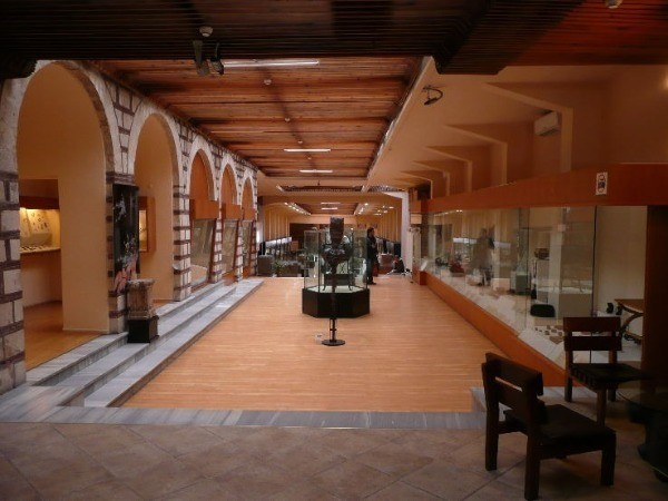Музей анатолийских цивилизаций (Anadolu Medeniyetleri Müzesi)