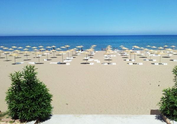 Пляж в Мерсин
