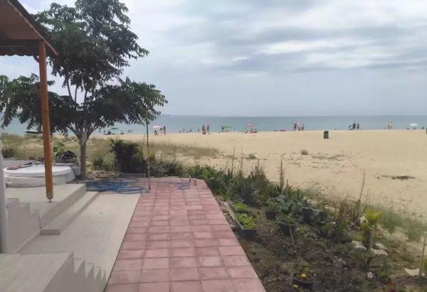 Пляж в Кешане