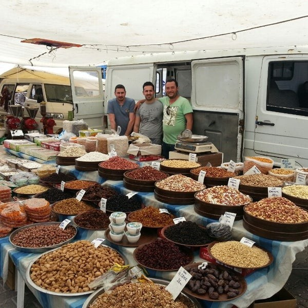 Восточный базар в Чешме